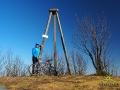 Na szczycie JASŁA 1153m. Przydałoby się kiedyś pracowników Ciśniańsko-Wetlińskiego Parku Krajobrazowego do odkrzaczenia tego jeszcze kilka lat temu widokowego szczytu...