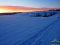 Wędrując na rakietach śnieżnych po bezleśnych szczytach Bieszczad. Wysokość nie duża, a widoki...