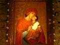 Ikona Matki Boskiej Pięknej Miłości w cerkwi w Łopience wykonana przez pracownię ikon w Cisnej.