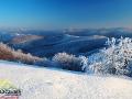 Widok z góry Jasło 1153m w stronę najwyższych szczytów Bieszczad.