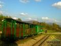Wagony na Przełęczy Przysłup skąd jest fantastyczny widok na Połonię Wetlińską, Caryńską i Tarnicę!