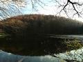 Ostatnie ujęcie górnego Jeziorka Duszatyńskiego na zdjęciu panoramicznym.