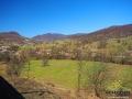 Pierwszy widok po wyjeździe ze stacji w Wołosiance z okien pociągu jadącego w stronę Sianek.