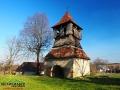 Dzwonnica stojąca obok kościoła w Starej Soli może pamiętać nawet początki budowy kościoła...