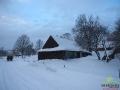 Większość chyży łemkowskich w Smolniku jest zamieszkana!