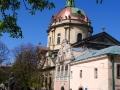 Kościół Dominikanów oraz pomnik Fiodorowa - pierwszego drukarza na obecnym terytorium Ukrainy.