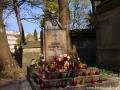 Pomnik Marii Konopnickiej na Cmentarzu Łyczakowskim.