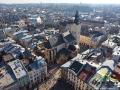 Widok z wieży ratusza na katedrę łacińską, kaplicę Boimów, pomnik Mickiewicza, Ossolineum itd.