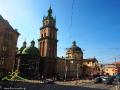 Od lewej: cerkiew Zaśnięcia Matki Bożej, wieża Korniakta i kościół Dominikanów.