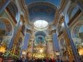 Wnętrze cerkwi Przemienienia Pańskiego z bogato urządzonymi wnętrzami.