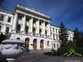Najstarszy gmach Politechniki Lwowskiej otwartej w 1844 - wewnątrz freski wg szkiców Jana Matejki.