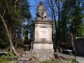 Pomnik SEWERYNA GOSZCZYŃSKIEGO na Cmentarzu Łyczakowskim: działacz społeczny, rewolucjonista, pisarz i poeta.