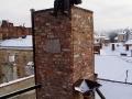 Kominiarz na kominie restauracji DOM LEGEND we Lwowie.