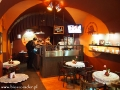 Restauracja na parterze skąd można podglądać produkcję we LWOWSKIEJ WYTWÓRNI CZEKOLADY.