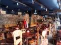 Wnętrze restauracji z widokiem na bar - MIĘSO I SPRAWIEDLIWOŚĆ Lwów.