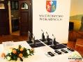 Część statuetek, dyplomów i odznaczeń jakie były wręczane na obchodach Światowego Dnia Turystyki w Dubiecku 5.10.2017