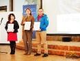 Trójka przedstawicieli nagrodzonych instytucji w konkursie na Najlepszy Produkt Turystyczny Województwa Podkarpackiego 2017.