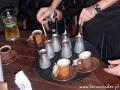 Tradycyjnie parzona we Lwowie kawa podawana do stolików - ORMIANKA Lwów.