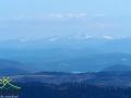 Najwyższe szczyty Bieszczad pokryte śniegiem, gdy w dolinach już kwitną pierwsze kwiaty robi zawsze wrażenie.