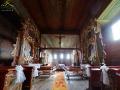 Wnętrze kościoła w Haczowie.