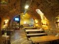 Wnętrze jednej z restauracji pod rynkiem w Krośnie.