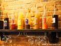 Likiery wytwarzane i sprzedawane w restauracji POCZTA.