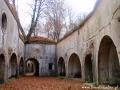 Zwiedzanie fortu w Siedliskach (dobrze jest zabrać latarki...).