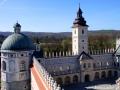 Zdjęcie wykonane ze szczytu baszty szlacheckiej Zamek w Krasiczynie.