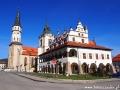 Centrum Lewoczy z ratuszem i kościołem św. Jakuba posiadającym najwyższy ołtarz gotycki na świecie!