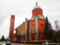 Kościół ewangelicki w Keżmarku w stylu klasycystyczno-orientalnym (tzw. nowobizantyjskim) widziany z autokaru.