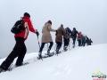 Na rakietach śnieżnych podczas wędrówki po połoninach pogórzańskich.
