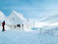 Połonina Wetlińska zimą na rakietach śnieżnych.