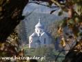 Ruiny klasztoru karmelitów bosych w ZAGÓRZU - widok w stronę cerkwi w Wielopolu