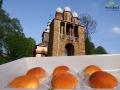 Słodkie bułeczki z białym serem przypominają nam smak babcinej kuchni zapamiętanej z lat dziedziństwa...