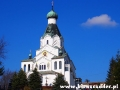 Cerkiew w Medzilaborcach z 1 500 m 2 polichromii! widziana z okien autokaru.