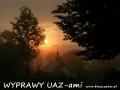 WYPRAWY UAZ-em Bieszczady - wschód słońca nad cerkiewką w Wysoczanach