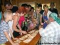 2007 lipiec, BIESZCZADY w pracowni ikon w Cisnej (dusiołki od szczęścia), Grupa z Chojnic