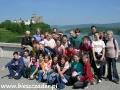 2005 czerwiec, PIENINY widok z zapory wodnej na zamek w Niedzicy, Grupa z Sanoka