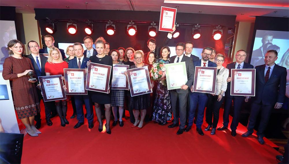 Zdjęcie laureatów 10 Najlepszych Produktów Turystycznych Polski 2017 w Warszawie w Hotelu Mariot w ramagach TT Warsaw.