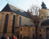 Kościół katolicki będący rangi katedry we Lwowie - to obowiązkowy punkt każdej wycieczki jednodniowej.