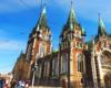 Obok kościoła pw. św. Elżbiety przejeżdżamy na wycieczce jednodniowej po Lwowie organizowanej dla turystów z Bieszczad.
