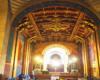 Wnętrze katedry ormiańskiej we Lwowie z m.in. freskami autorstwa Henryka Rosena. Katedra Ormiańska to jedna z najważniejszych atrakcji w programie wycieczki jednodniowej z Bieszczad po Lwowie.