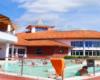 Całoroczne baseny zewnętrze w kompleksie Aquarius w Sóstófürdő / Sosto Furdo obok Nigerhazy / Nyíregyháza. To jedna z główny atrakcji wycieczki jednodniowej na Węgry.