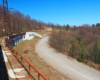 Najwyżej położony wiadukt kolei zakarpackiej kilkaset metrów od Przełęczy Użockiej na wycieczce jednodniowej.