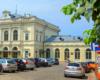 Trzecią atrakcją wycieczki jest zwiedzanie przemyskiego dworca kolejowego, który jest uważany za najpiękniejszy w Polsce, a jego budowa została wzorowana na dworcu wiedeńskim uważany za najpiękniejszy w Europie.