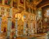 Ikonostas w cerkwi Jasienica Zamkowa - atrakcja wycieczki jednodniowej Kolej Zakarpacka.