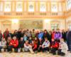 Grupa w reprezentacyjnej sali dworca kolejowego w Przemyślu, która na co dzień jest zamknięta dla innych turystów. Dlatego zapraszamy na wycieczkę jednodniową po Pogórzu Przemyskim z Biurem Podróży Bieszczader! :-)