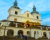 Wycieczka Biura Podróży Bieszczader wyróżnia się również tym, że jedną z głównych atrakcji jest zwiedzanie Kalwarii Pacławskiej.