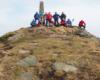 Grupa na najwyższym szczycie Bieszczad - Pikuju. Zapraszamy na wycieczki jednodniowe.