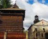 Mały, ale z bogatą historią kościół w Prałkowcach, gdzie znajduje się cudowna ikona pochodząca ze Zbaraża. Przed ikoną będącą w Prałkowcach klękało wielu królów by prosiłć o łaski...